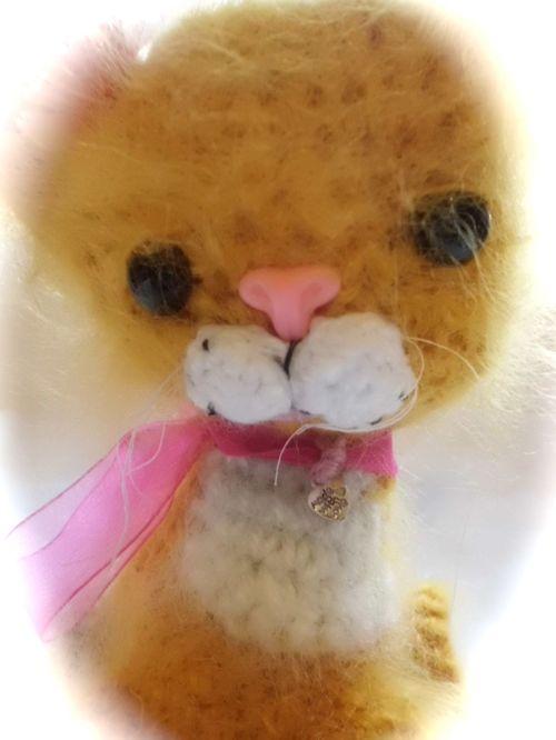 Cute crochet cat
