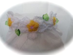 Daisy chain baby headband